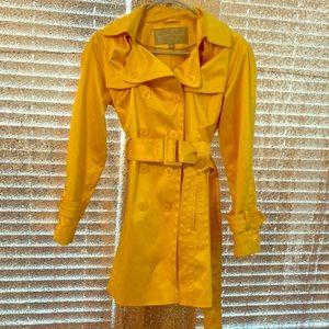 Absolutely beautiful yellow Jessica Simpson coat